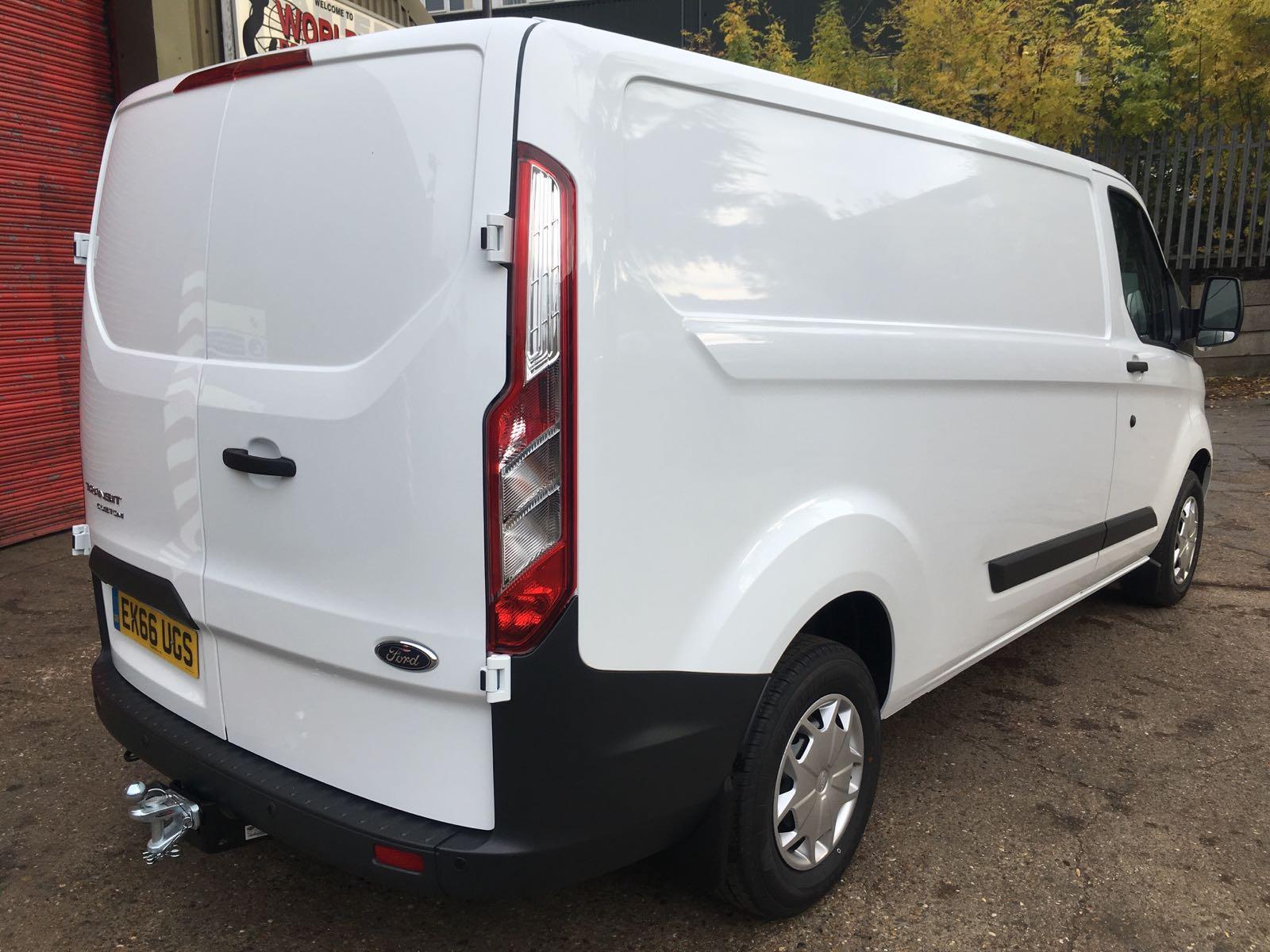 2016 '66' FORD Transit Custom Trend L2 H1 130 (Euro 6) Van
