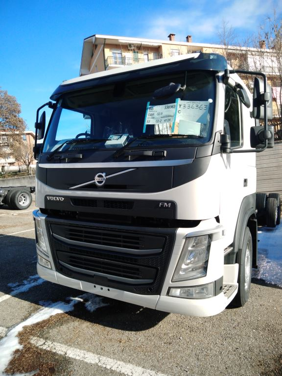 Volvo FM420 Sleeper Cab (AUTO) – Commercial Carrier
