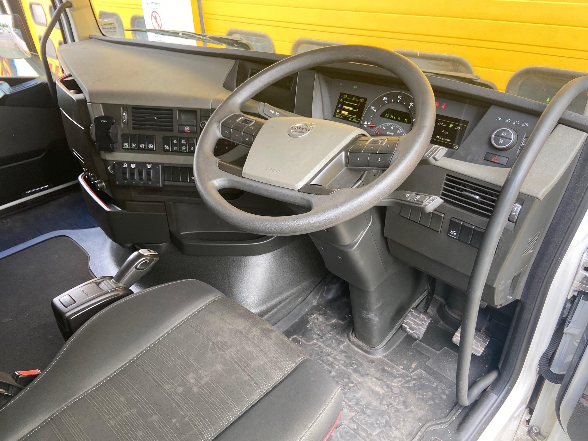 2017 '17' VOLVO FH13 460 (Euro 6c) Globetrotter AUTO