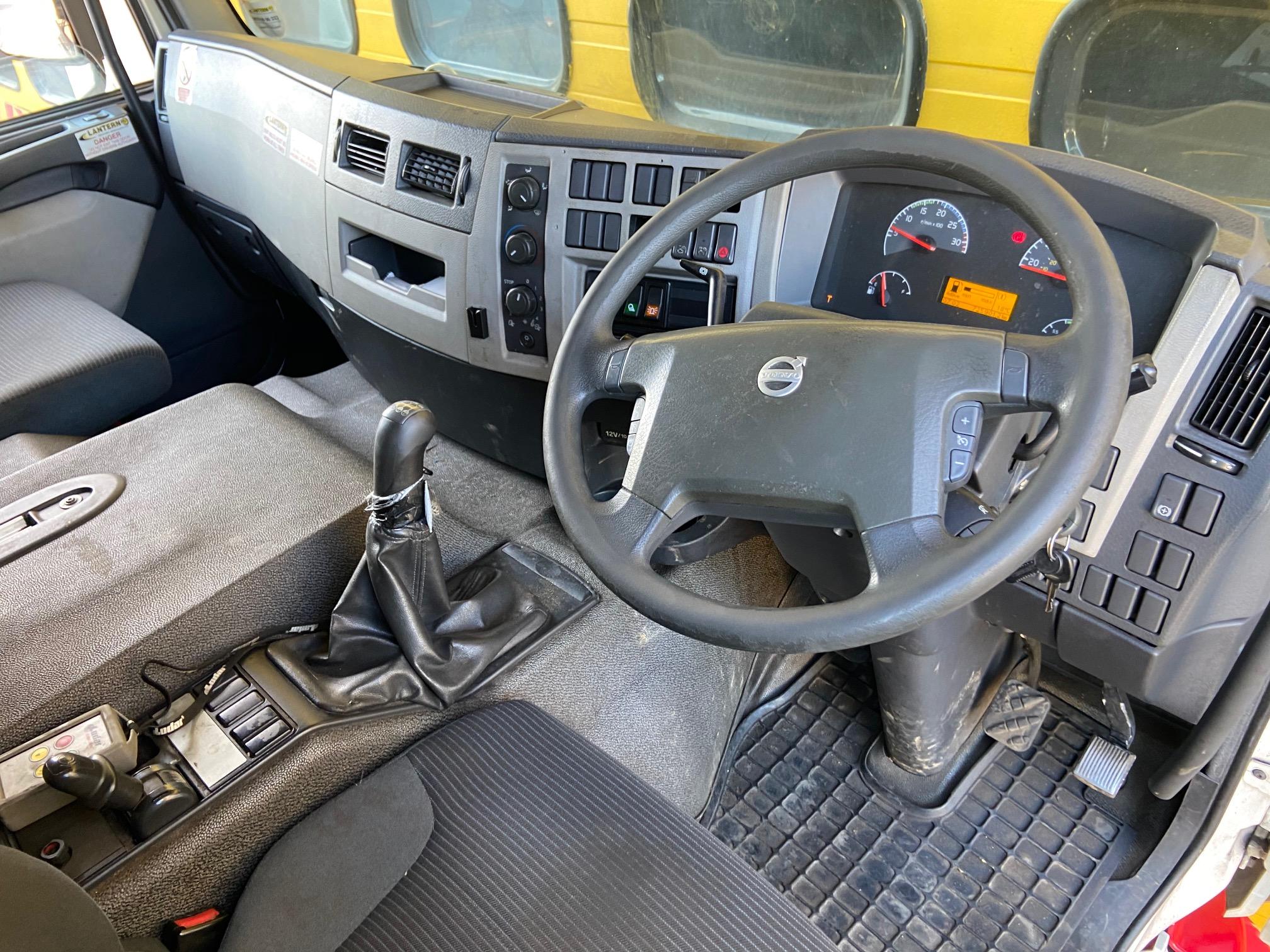 2007 '57' Volvo FE 320 Comfort Cab – 18 Ton (Euro 4)