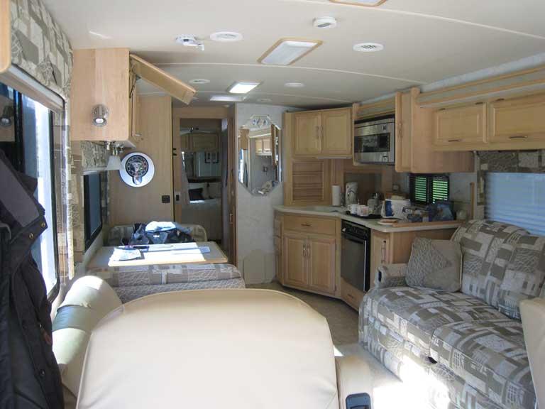 2005 '05' Freightliner Winnebago